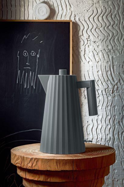 Italialainen muotoilutalo Alessi tuo näyttävän pop up -myymälän Habitareen