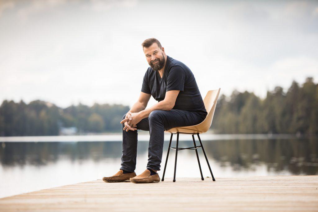 Kaj Franck -palkittu muotoilija Tapio Anttila Habitaressa